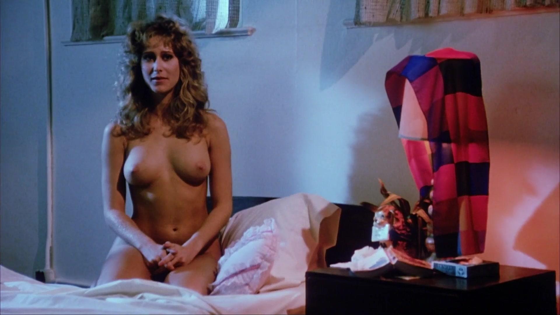 Anna Williams  nackt