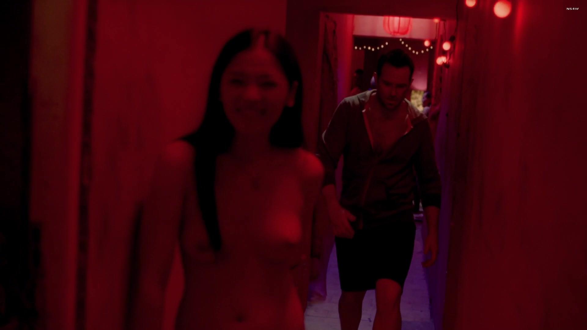 Jennifer Tanarez  nackt
